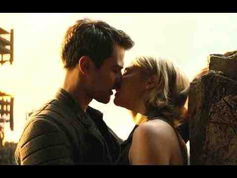 The Divergent Series: Allegiant - Clip