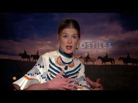 Hostiles - Rosamund Pike Interview Part 2