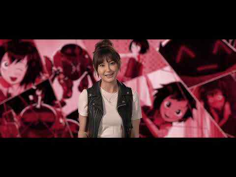 "Spider-Man: Into the Spider-Verse - Kimiko Glenn ""Peni Parker"" Interview"