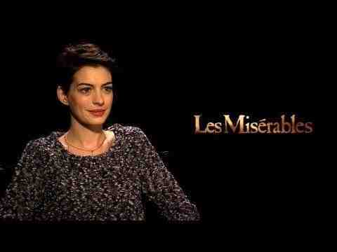 Les Misérables - Anne Hathaway Interview