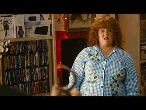 Identity Thief - Diana attacks Sandy in her house Clip
